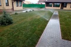 Landshaftnyj-dizajn-Izhevsk-Sistemy-poliva-Ukladka-bruschatki-Gazon-Drenazh-uchastka-Ozelenenie-v-Izhevske8